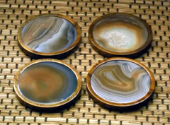 'natural drink coasters' from the web at 'http://coasters.pebblez.com/beverage-coasters/../pictures/gemstone-coasters/natural-gemstone-coasters/240/natural-gemstone-coasters-2.jpg'